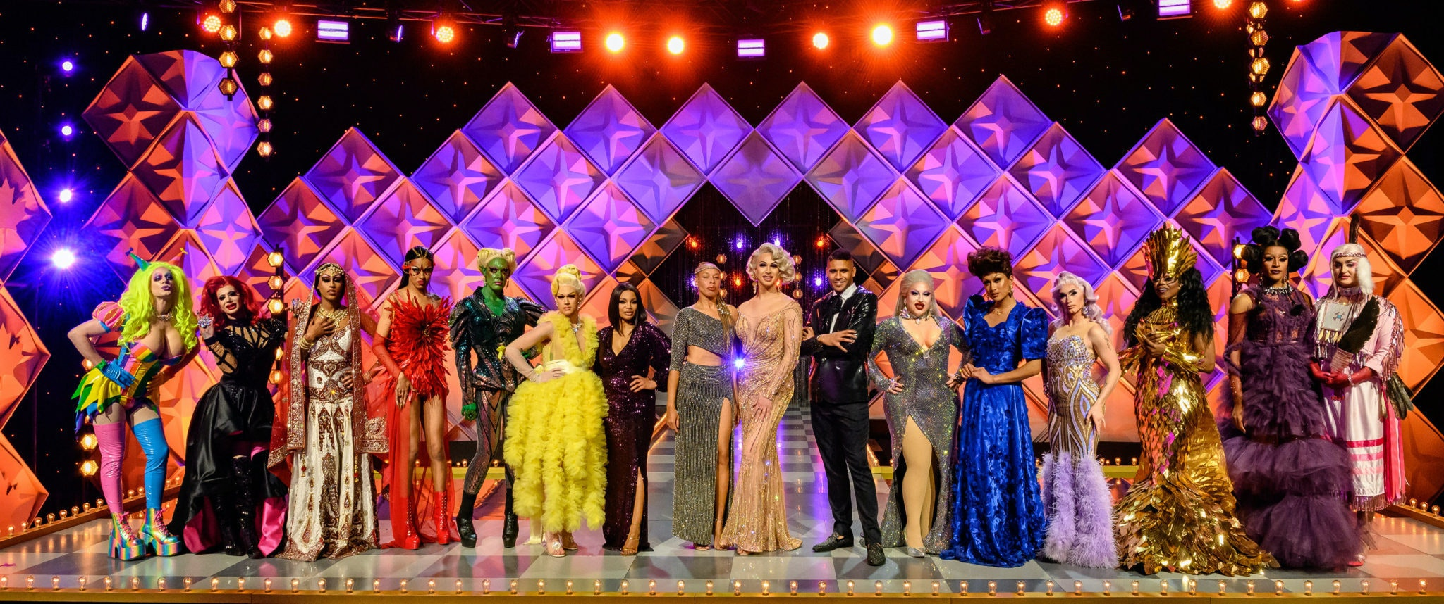 Canada S First Drag Superstar Is Crowned On The Season Finale Of Canada S Drag Race Bell Media